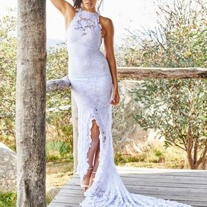 Grace loves lace Alexandra gown